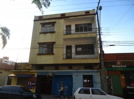 Apartamento térreo - 02 dormitorios
