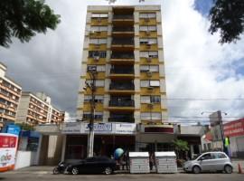 Apartamento 03 dormitórios com dependência e garagem