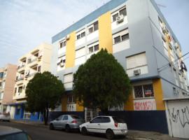 Apartamento 02 dormitórios com garagem central