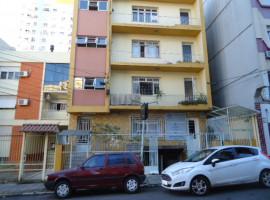 Apartamento 03 dormitórios central