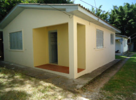 Casa 02 dormitórios