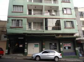 Apartamento 3 dormitórios com dependência central