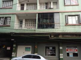 Apartamento 04 dormitórios central
